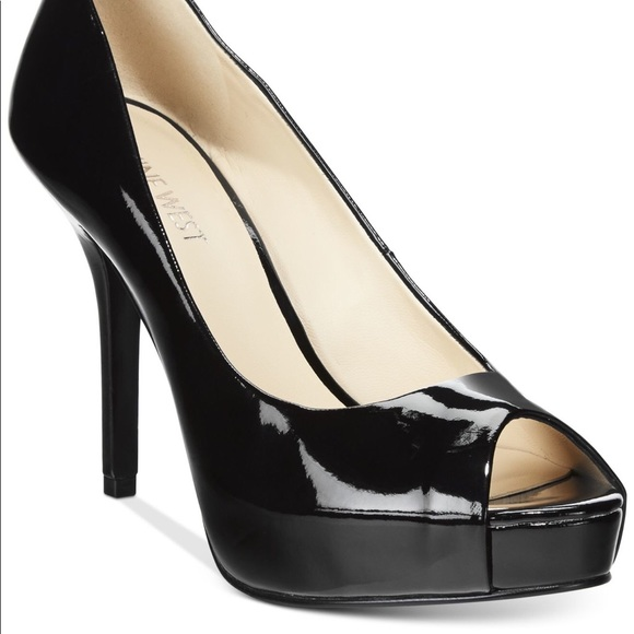 a09933e409eb Women s Black Qtpie Peep-toe Pumps